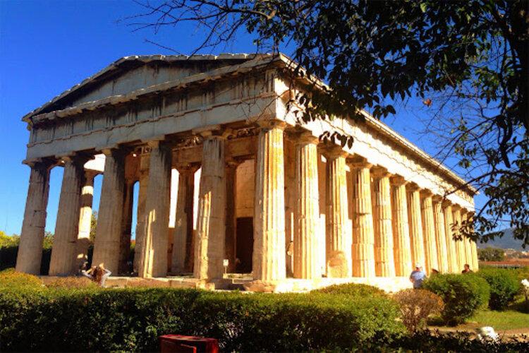 Que peut-on retenir de l'histoire du temple d'Héphaïstos à Athènes?